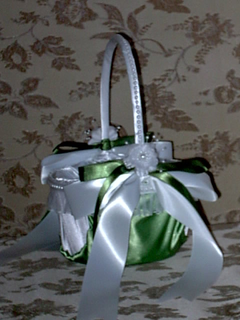 Item 203 Flower Girl Basket satin