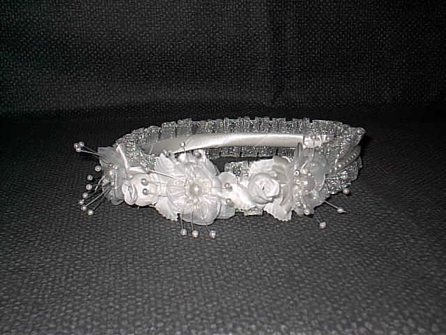 Item 278 headpiece white