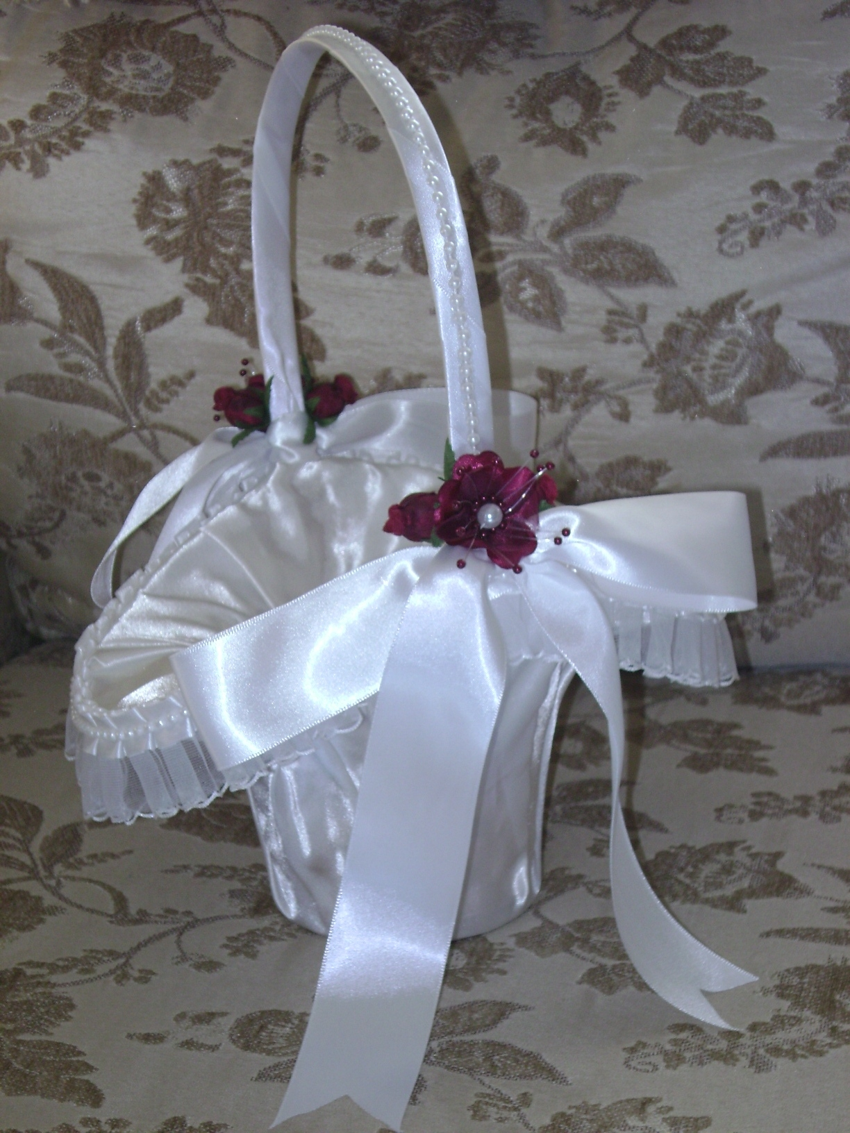 Item 204 Flower Girl Basket satin