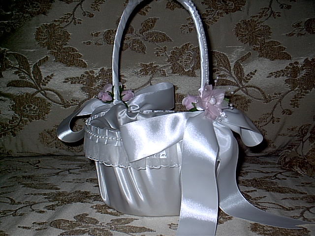 Item 212 pink flower girl basket