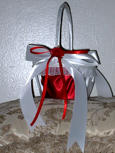 Item 202 Flower Girl Basket satin