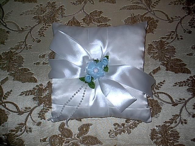 Item 160 Sky blue ring pillow